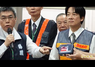 賴揆視察台北關 勉海關人員阻絕毒品入境